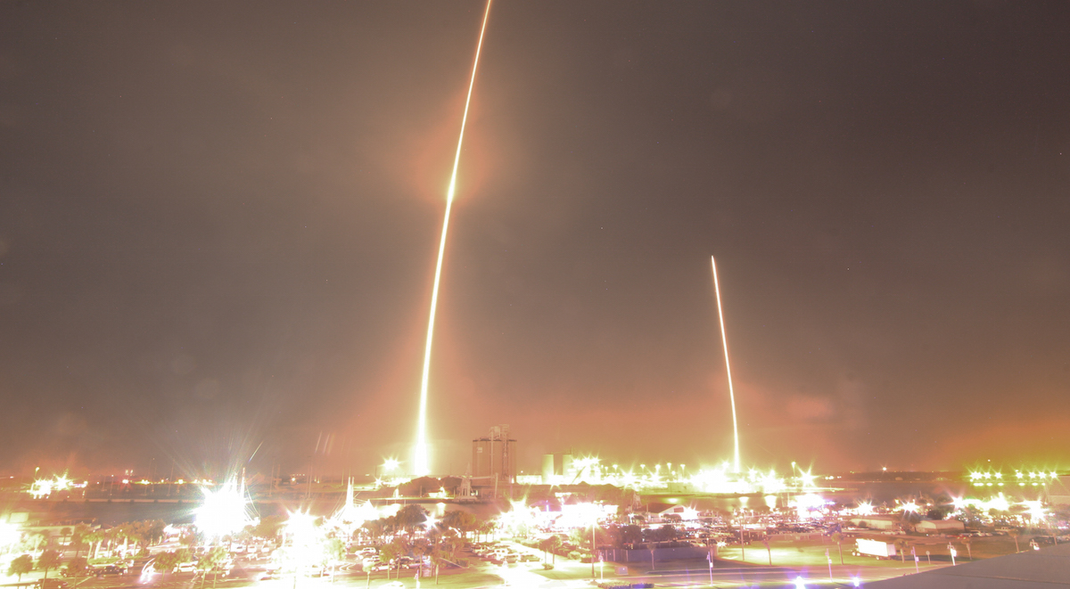 The Falcon 9's ascent (left) and descent (right). Photo credit: Stephen Clark/Spaceflight Now
