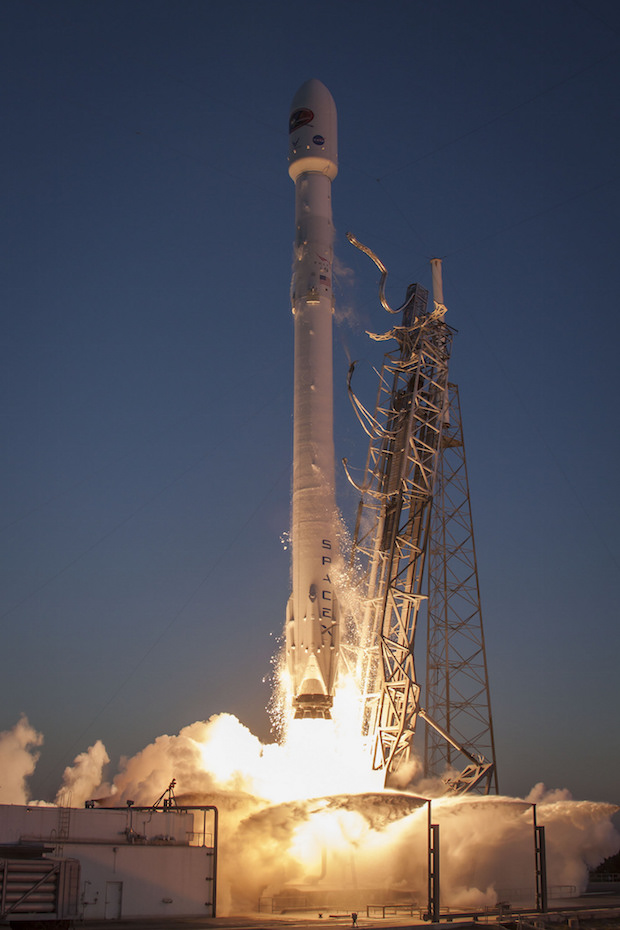 File photo of a SpaceX Falcon 9 rocket launch. Credit: SpaceX