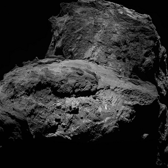 Rosetta's OSIRIS camera took this image of comet 67P on Jan. 23 at a distance of 75 kilometers (46 miles). Credit: ESA/Rosetta/MPS for OSIRIS Team MPS/UPD/LAM/IAA/SSO/INTA/UPM/DASP/IDA