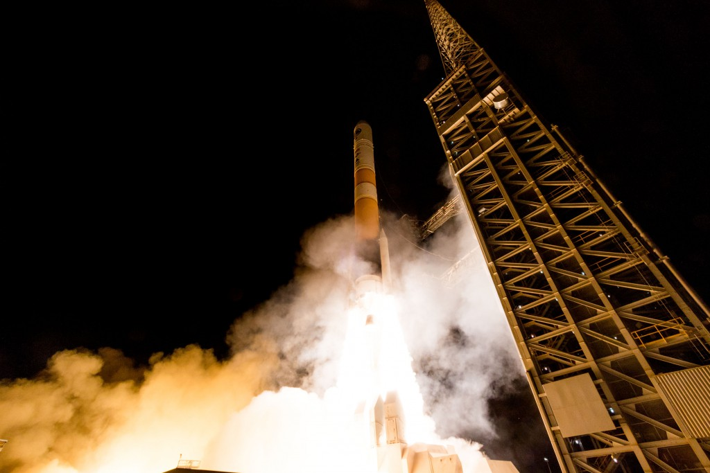 Launch of Delta IV NROL-45 February 10, 2016 Vandenberg AFB