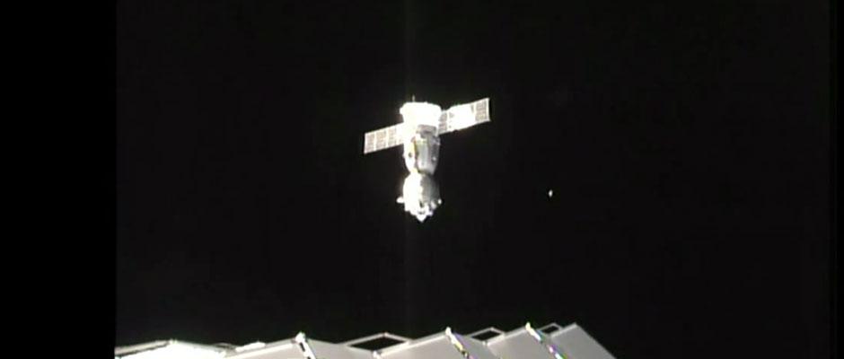 20160301-Feature-Image-Soyuz-Undock