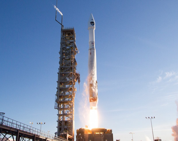 File photo of DMSP F19's launch April 3, 2014. Credit: United Launch Alliance