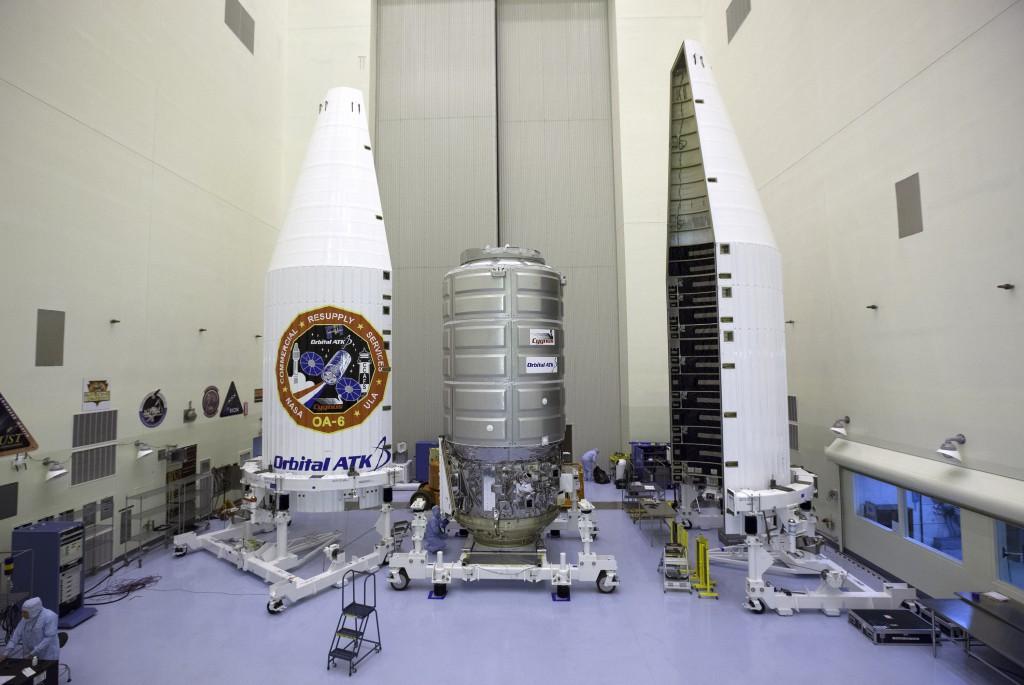 Cygnus Orbital ATK OA-6 Encapsulation