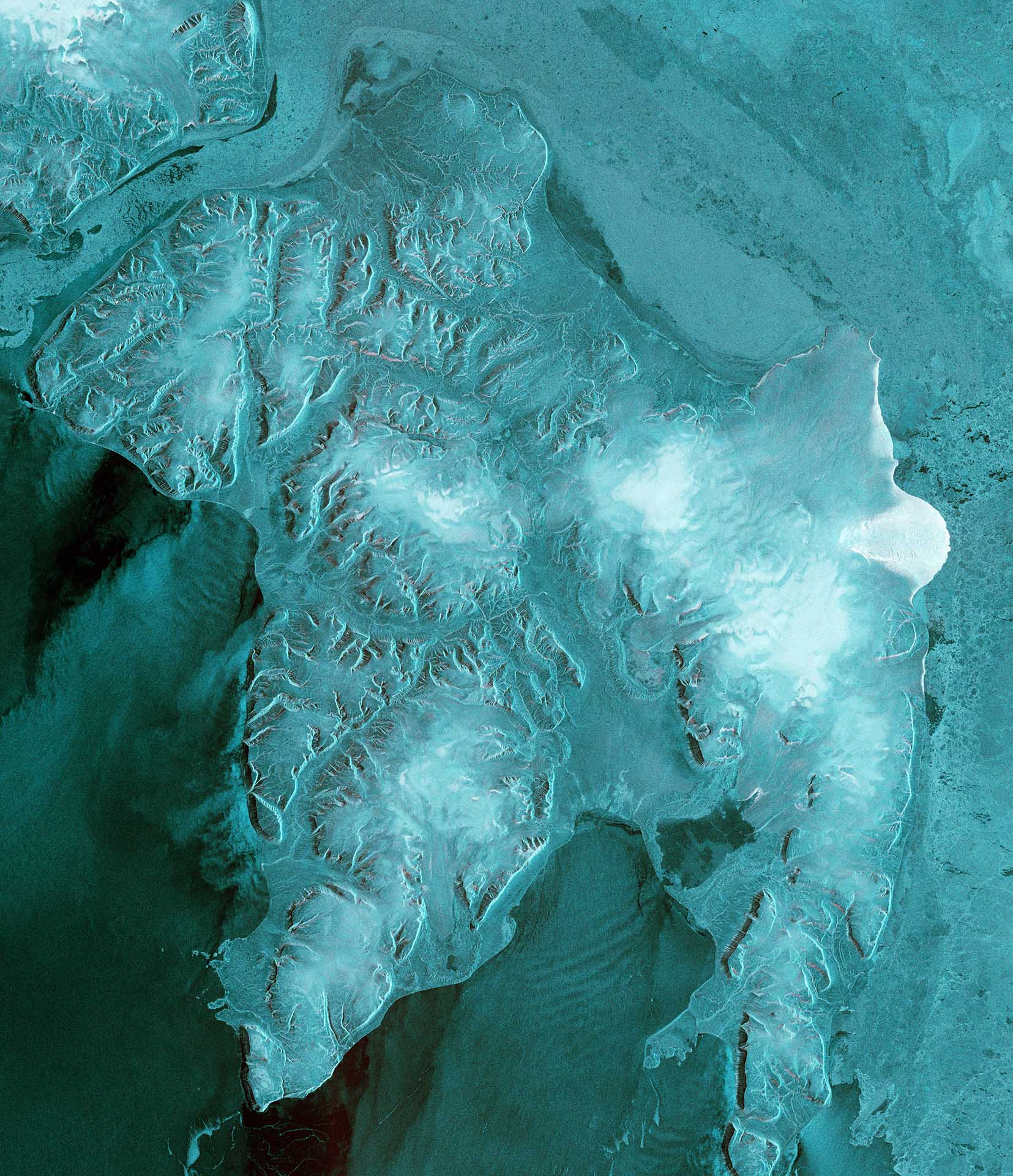 This full resolution subset of Sentinel 1B's first data take shows Edgeøya or Edge Island, which is one of the islands making up theSvalbard archipelago. Contains modified Copernicus Sentinel data [2016], processed by ESA.