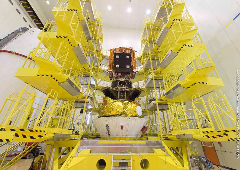 The Sentinel 1B satellite is pictured on top of the Fregat upper stage and the mission's multi-payload stack. Credit: ESA/CNES/Arianespace – Photo Optique Video du CSG – JM Guillon