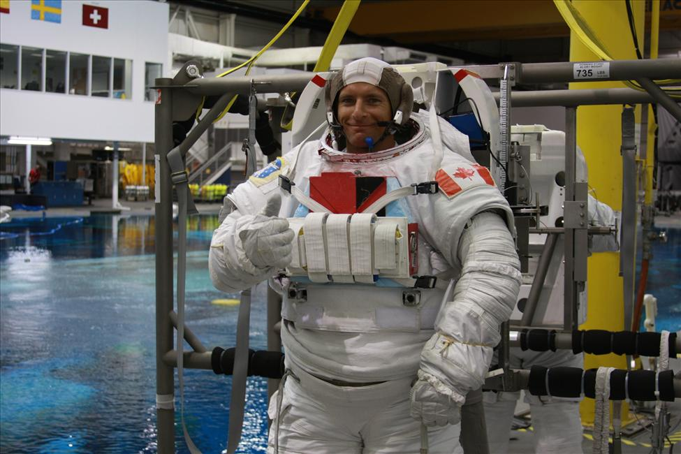 Canadian astronaut David Saint-Jacques undergoes spacewalk training at NASA's Johnson Space Center in Houston. Credit: CSA