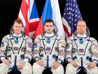 Russian cosmonaut Yuri Malenchenko will fly in the center seat on the Soyuz TMA-19M capsule. In this image, he is flanked by Tim Peake (left) and Tim Kopra (right). Credit: NASA/GCTC
