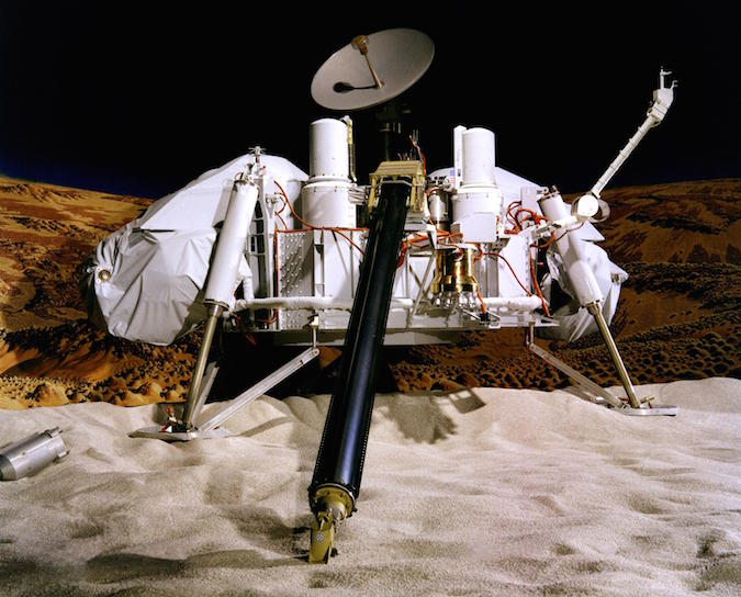 A model of the Viking lander. Credit: NASA