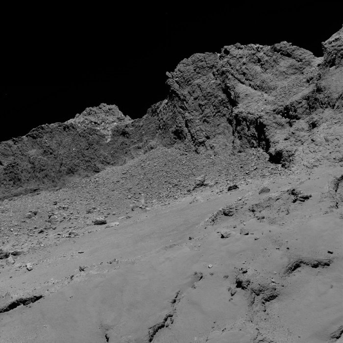 The OSIRIS camera's narrow-angle camera took this picture of comet 67P/Churyumov-Gerasimenko at 0120 GMT on Sept. 30 (9:20 p.m. EDT on Sept. 29) at a distance of 10 miles (16 kilometers). Credit: ESA/Rosetta/MPS for OSIRIS Team MPS/UPD/LAM/IAA/SSO/INTA/UPM/DASP/IDA