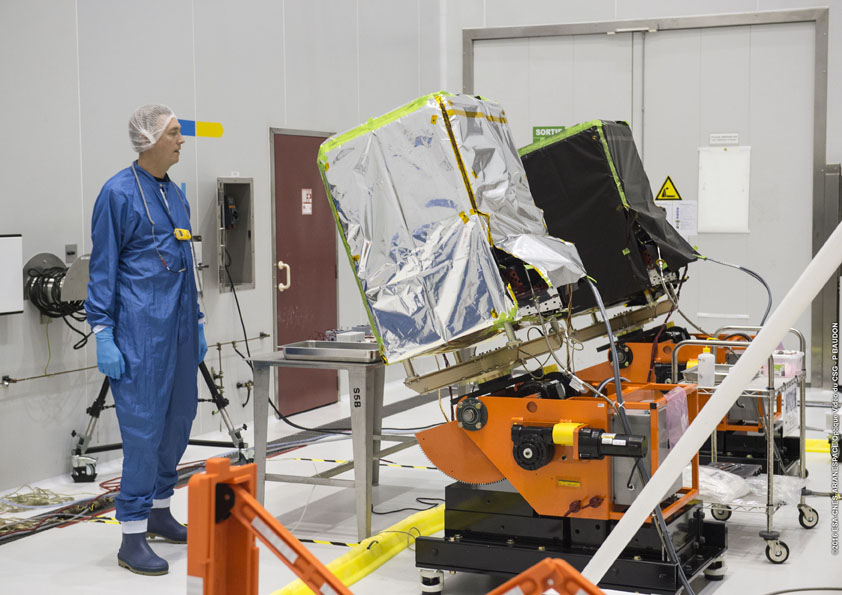 """Two of the SkySat payloads receive their supply of """"green"""" propellant. Credit: ESA/CNES/Arianespace – Photo Optique Video du CSG – P. Baudon"""