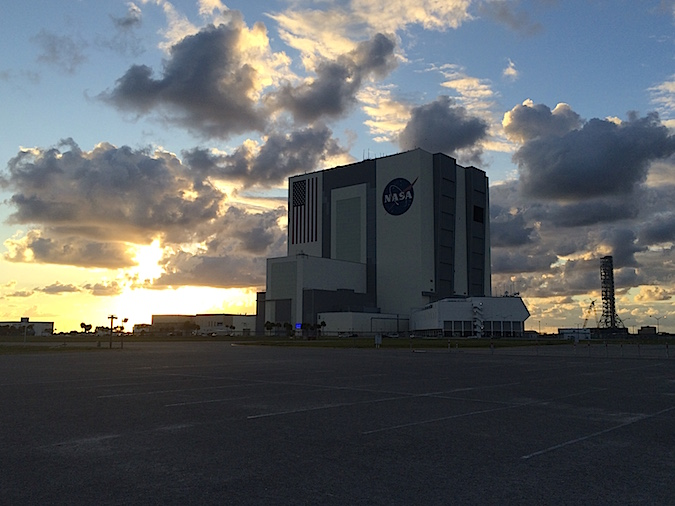 The Vehicle Assembly Building and Space Launch System launch tower at KSC. Credit: Stephen Clark/Spaceflight Now