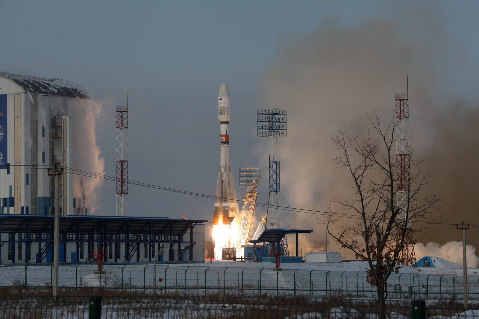 Builders of the Vostochny cosmodrome staged a strike due to non-payment of salaries 03/30/2015 98