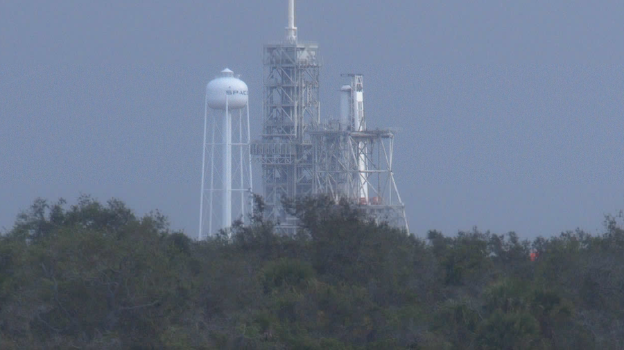 spaceflight now members have exclusive access to our live video feed of spacex s falcon 9 rocket at nasa s kennedy space center in florida