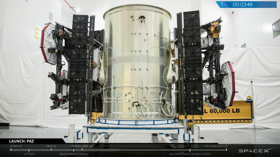 FCC approves SpaceX's plan to operate Starlink satellites at lower altitude