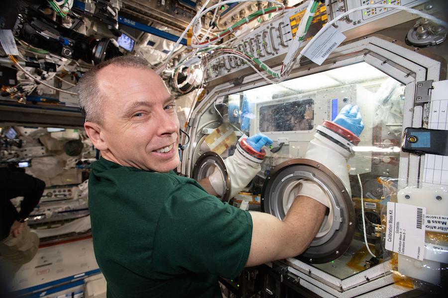 Station commander flatly denies any crew involvement in Soyuz leak