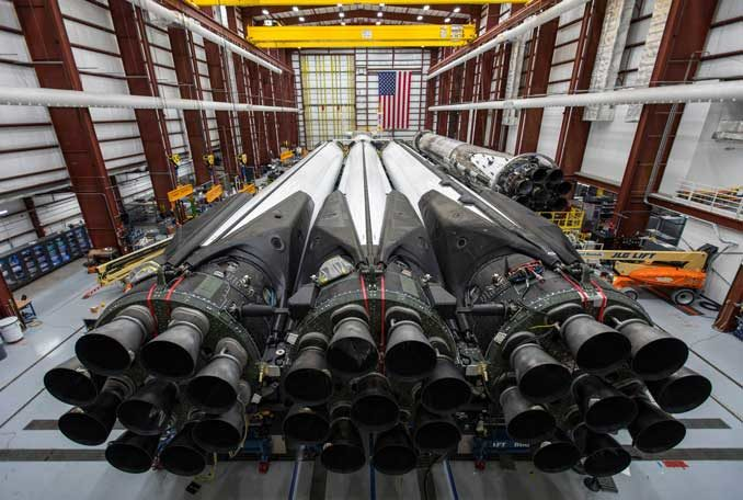 Live coverage: Falcon Heavy static fire set for no earlier than Wednesday – Spaceflight Now