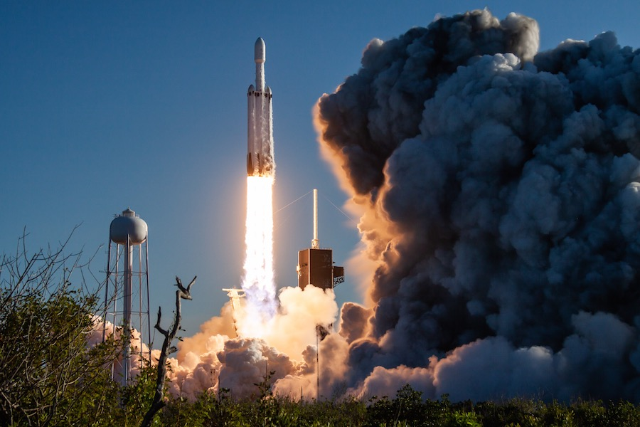 Seed Launching Pad >> Spacex S Falcon Heavy Successful In Commercial Debut Spaceflight Now