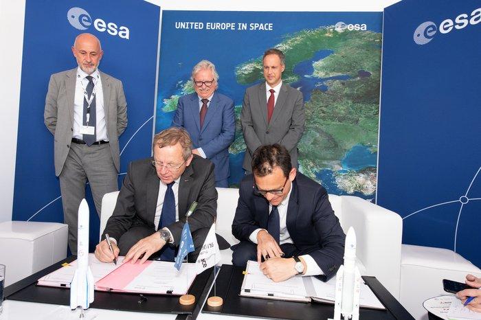 ESA books launch of Jupiter orbiter with Arianespace