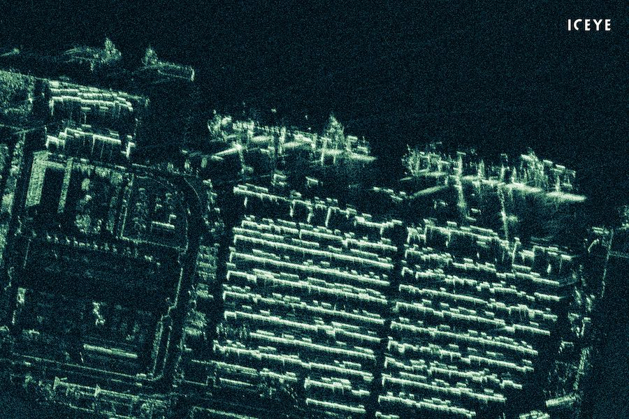 ICEYE releases first sub-meter radar imagery from a microsatellite