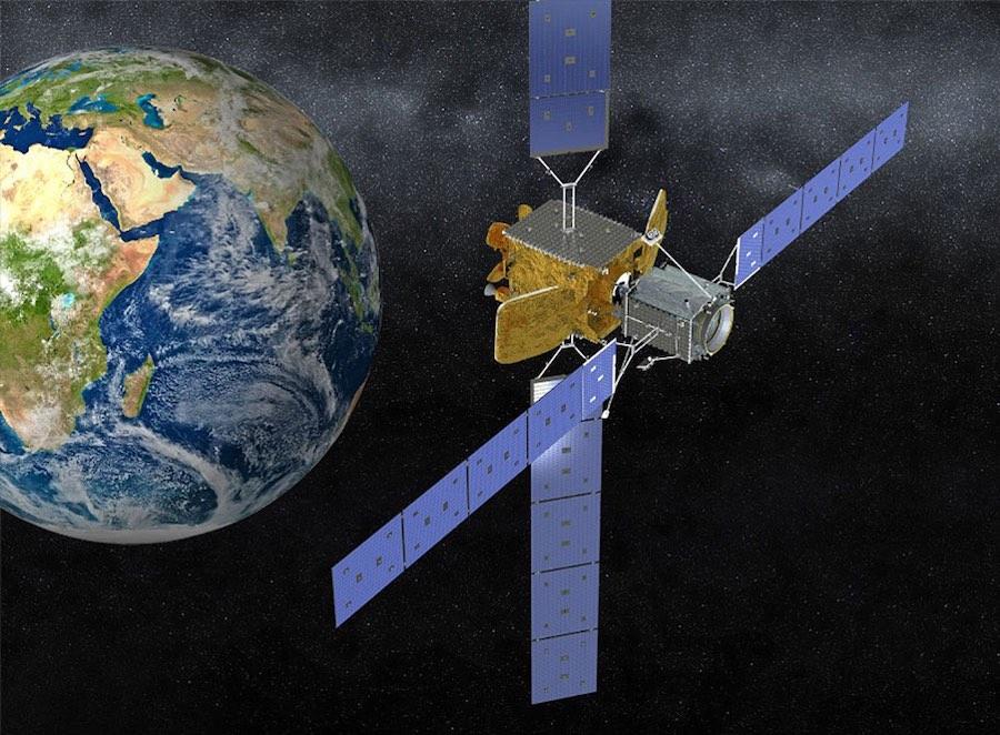 Raketa Proton vynesla do vesmíru první vesmírnou sondu, která prodlouží životnost starého satelitu
