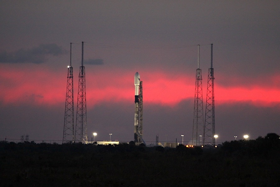 SpaceX scrubs Starlink launch due to strong upper level winds