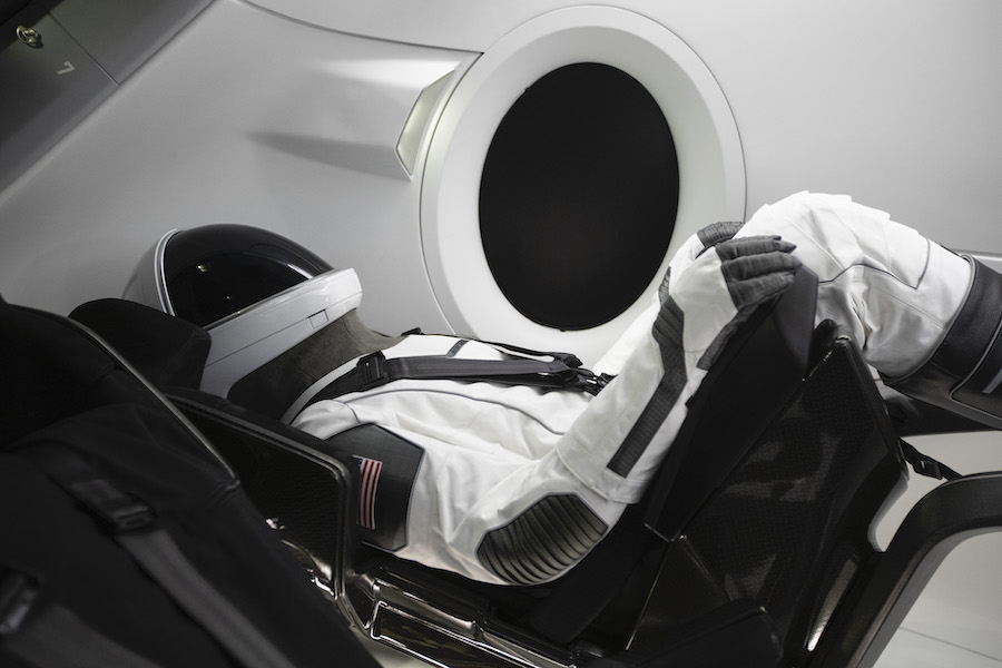 Space Adventures announces plans to fly private citizens on SpaceX crew capsule