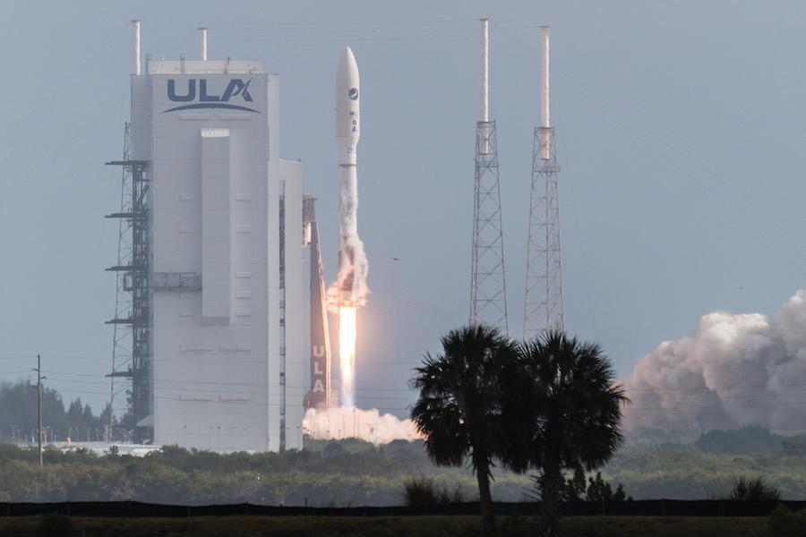 Photos: Atlas 5 rocket lifts off with U.S. military's X-37B spaceplane