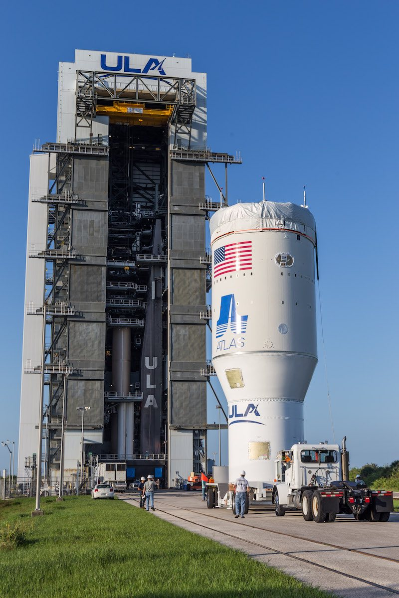 After crane problem, ULA caps build-up of Atlas 5 rocket for Mars rover launch