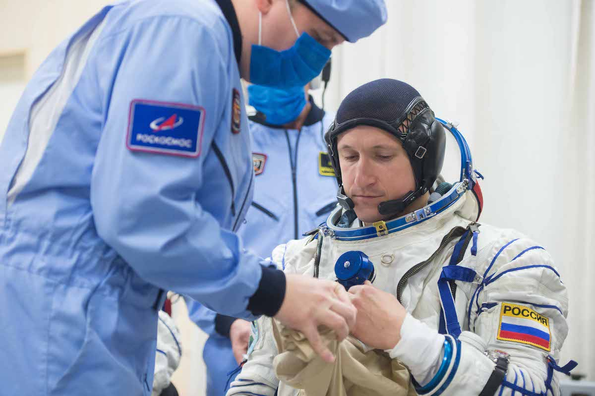 Photos: Soyuz launches new station crew with spectacular autumn blastoff