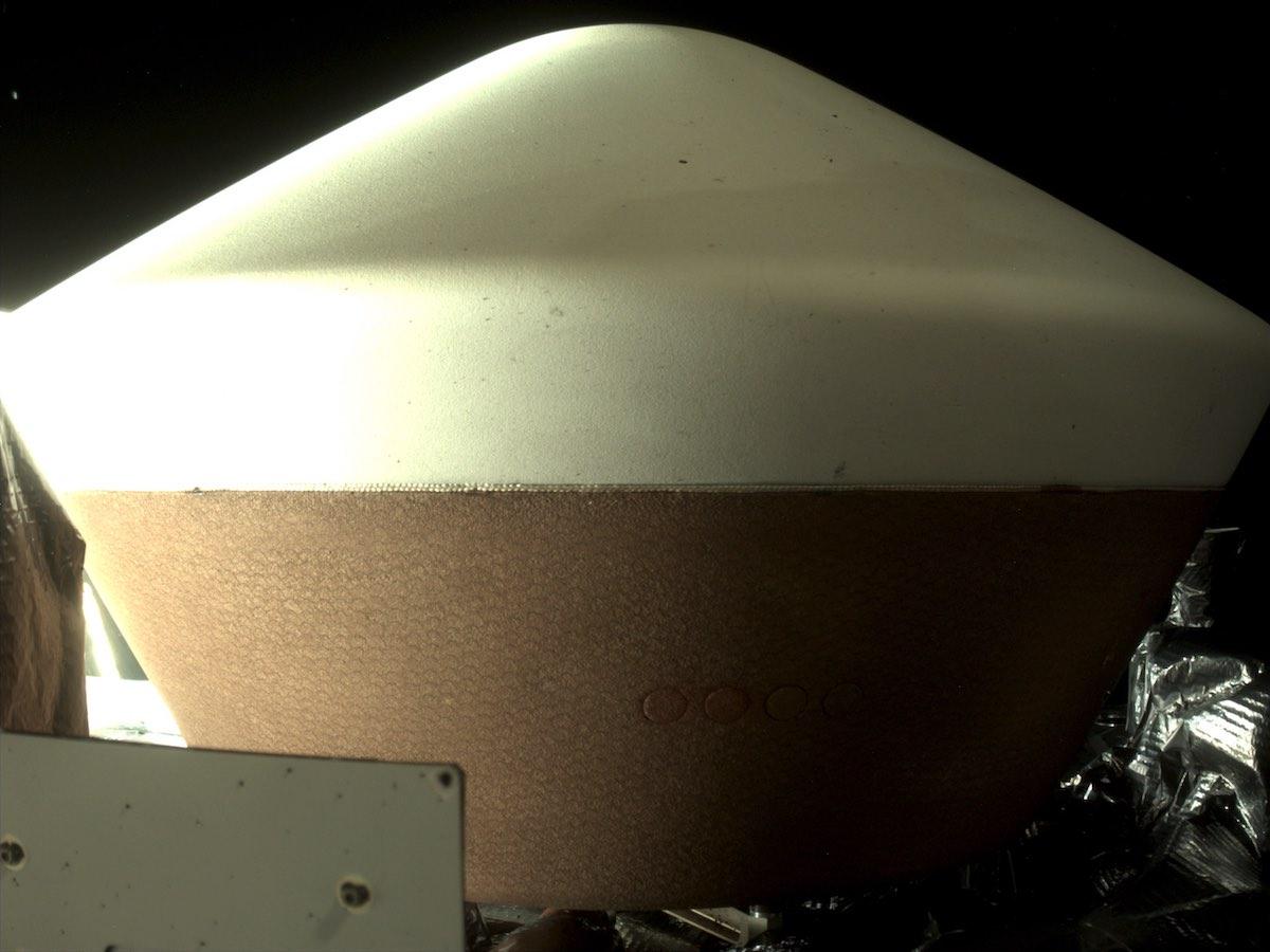 Asteroid samples sealed in OSIRIS-REx return capsule
