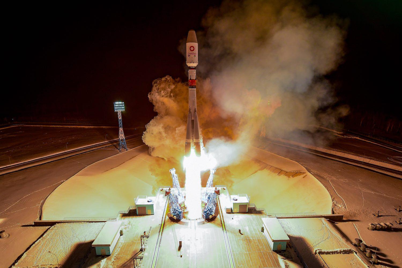 James Webb, OneWeb highlight Arianespace's 2021 launch ...