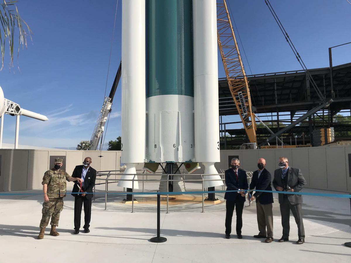 - d2 kscvc7 - Delta 2 rocket exhibit opens at Kennedy Space Center – Spaceflight Now