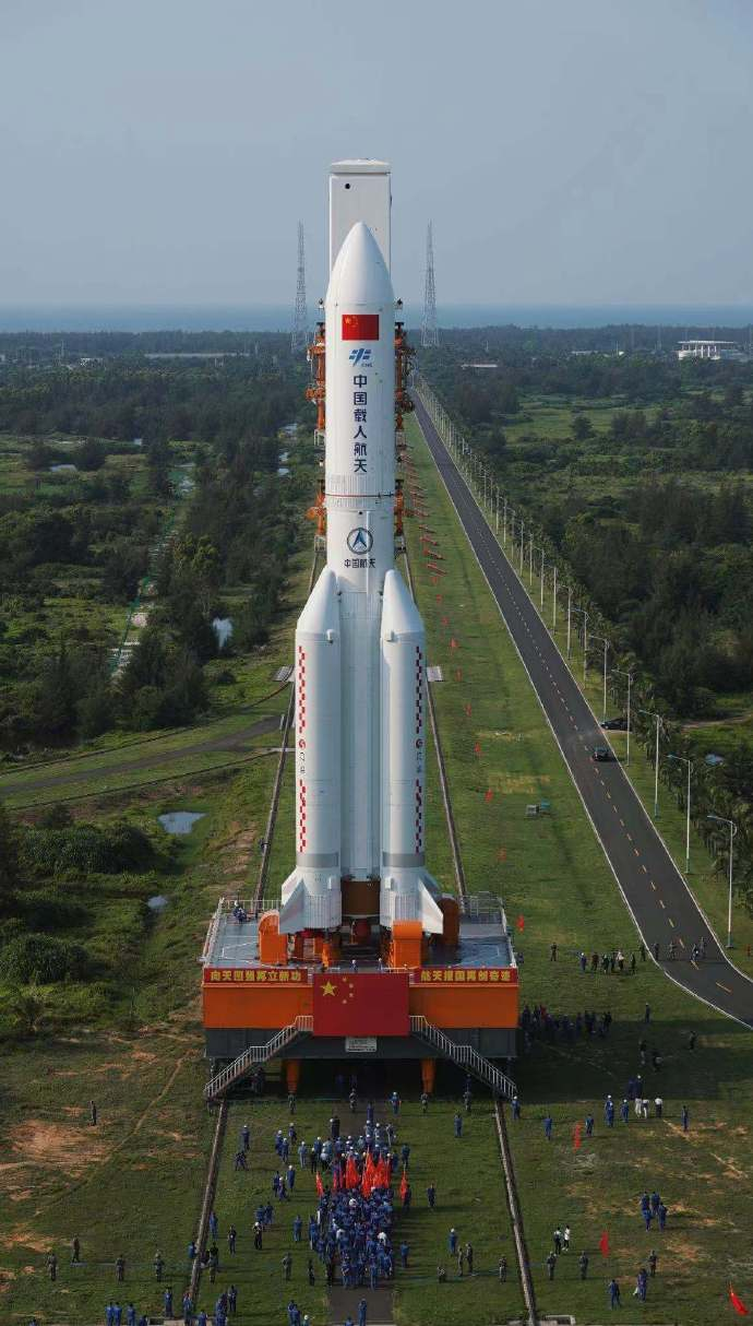 - lm5b - First element of Chinese space station ready for liftoff – Spaceflight Now