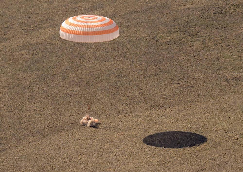 - ms17softlanding - Russian capsule brings home three space fliers – Spaceflight Now