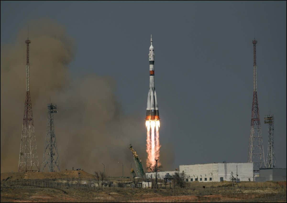 - ms18launch1 - Soyuz crew welcomed aboard International Space Station – Spaceflight Now