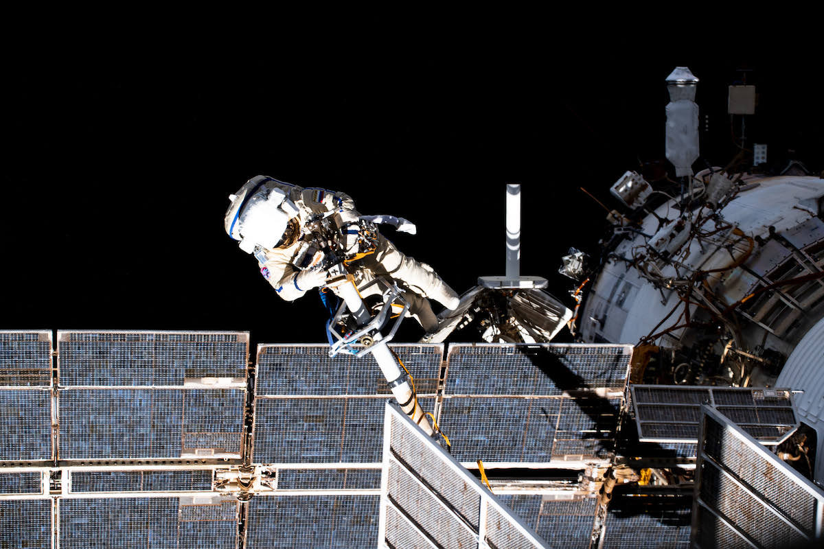 - dubrov1 - Spacewalkers prepare space station's Russian Pirs module for disposal – Spaceflight Now